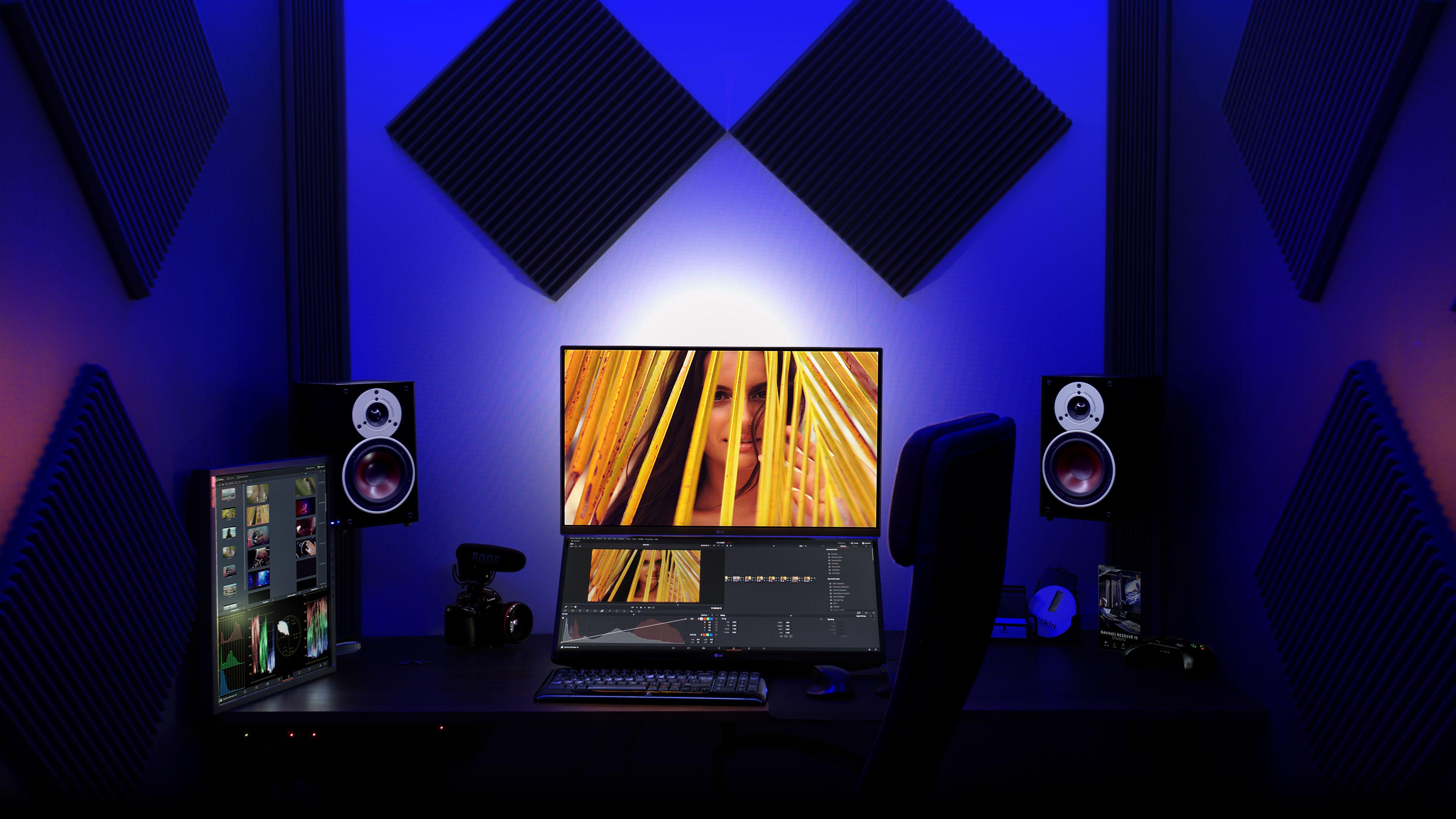 pomieszczenie w którym edytujemy nakręcone filmy w naszej agencji kreatywnej